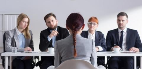 sentarte-en-una-entrevista-de-trabajo